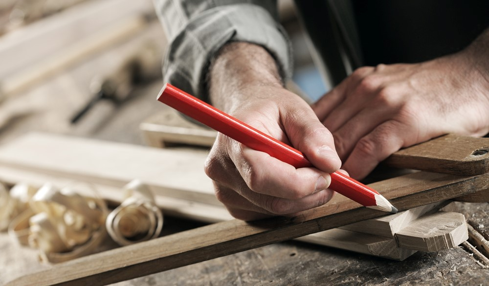 How to sharpen carpenter pencil